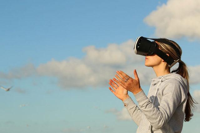 L'avenir du sexe sera virtuel selon Brian Shuster