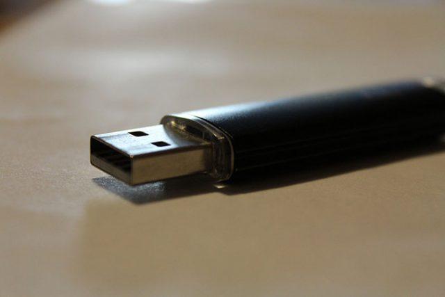 ADN USB