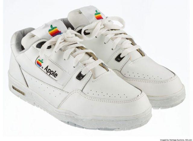 15 000 $ pour une paire de chaussures Apple, qui dit mieux ?