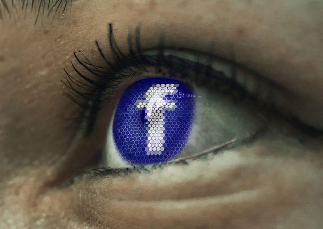 IA Facebook