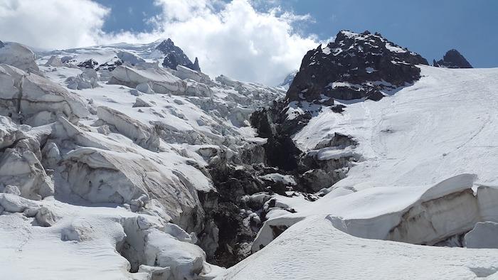 Changement climatique, un glacier des Alpes italiennes menace de s'effondrer
