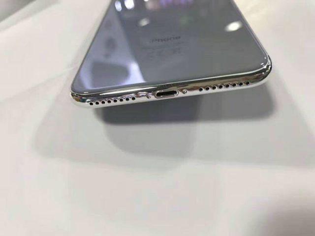 iPhone 7 Plus : image 2