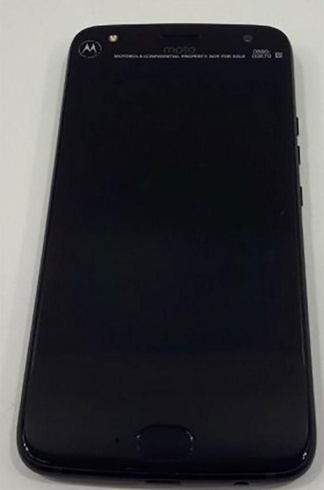 Moto X4 : image 4