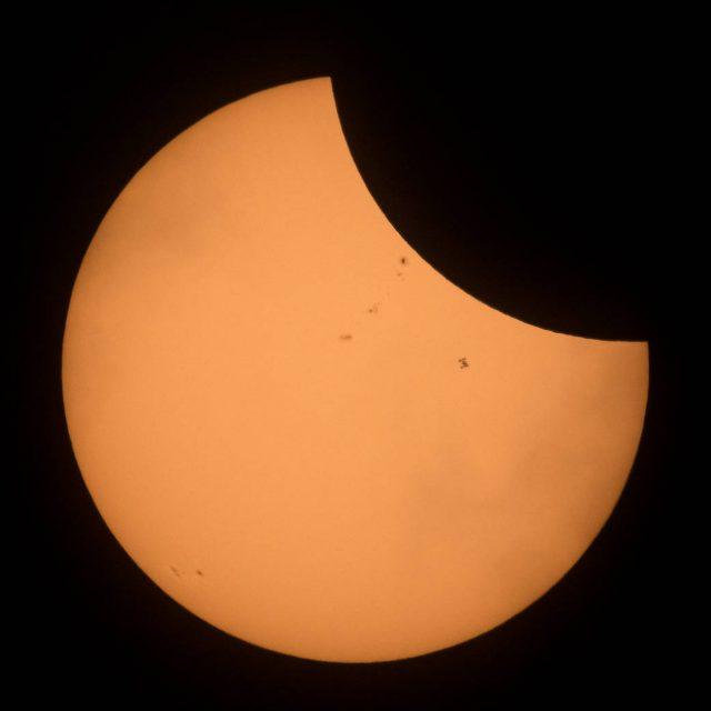 Des millions de personnes ont vu l'éclipse, mais seulement 6 ont vu son ombre — Station spatiale internationale