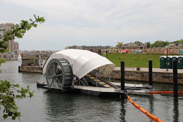 Mr. Trash Wheel : image 2