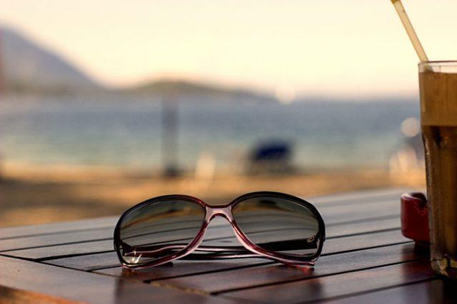 Amazon plancherait sur des lunettes connectées (intégrant Alexa)
