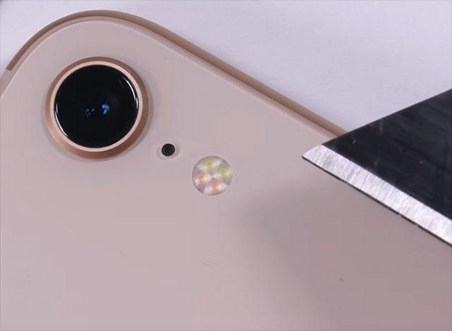 Torture iPhone 8