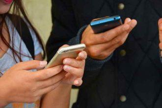 AOL Instant Messenger n'a pas pu résister au phénomène SMS.