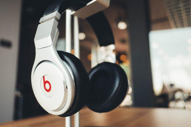 headphones-bluetooth-google