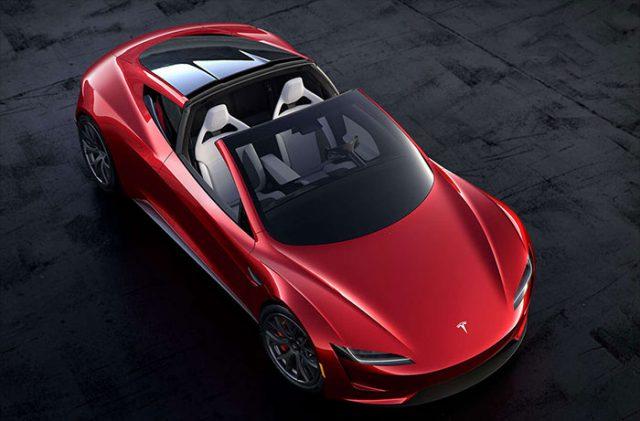 Tesla présente un roadster électrique avec 1 000 km d'autonomie