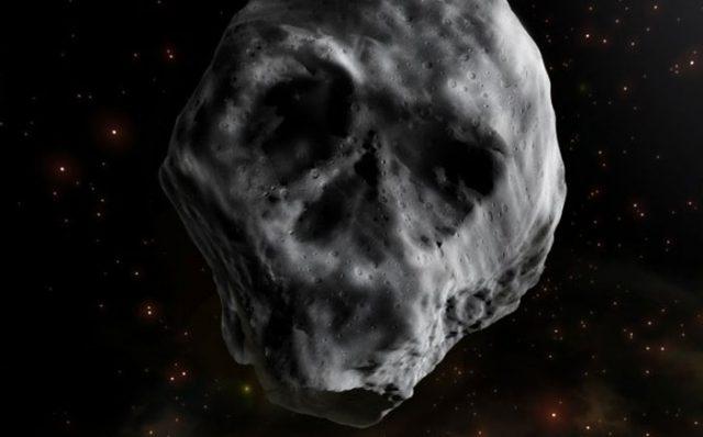 Astéroïde tête de mort