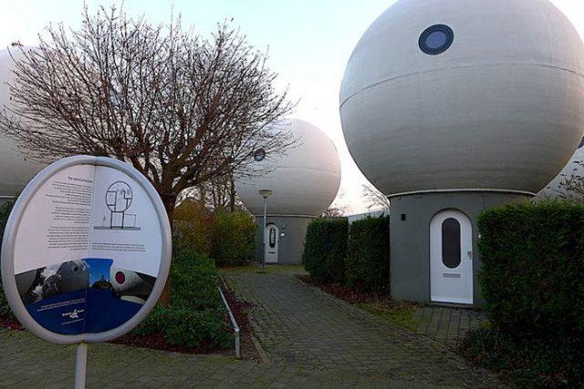 Maisons Boules