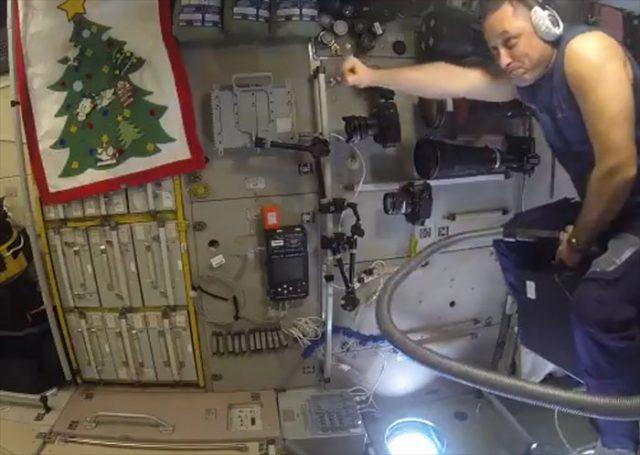 Vol ISS