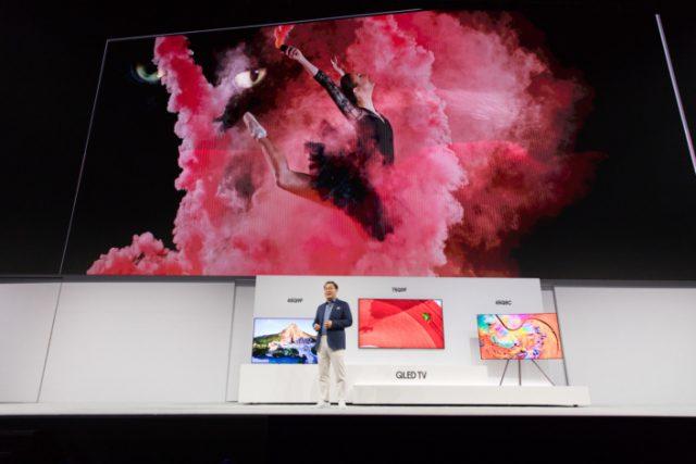 Les nouveaux téléviseurs QLED de Samsung s'exhibent à New York