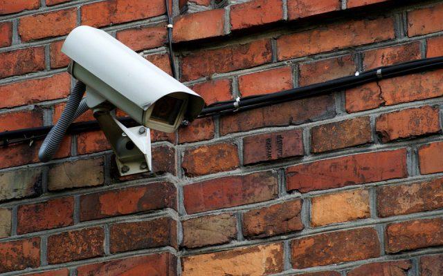 Microsoft adopte des principes de régulation et appelle à légiférer — Reconnaissance faciale