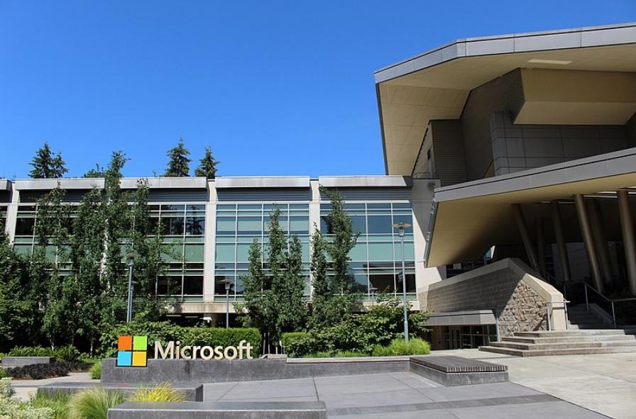 Selon Microsoft, les institutions démocratiques en Europe sont ciblées par des pirates informatiques
