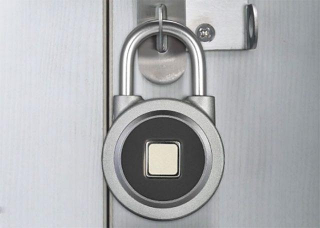 Le cadenas BT Smart Fingerprint à 24,96 €