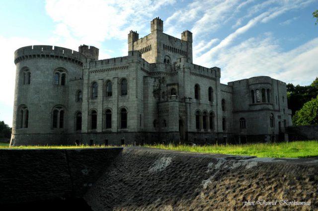 Et si on s'offrait un des châteaux de Game of Thrones ?