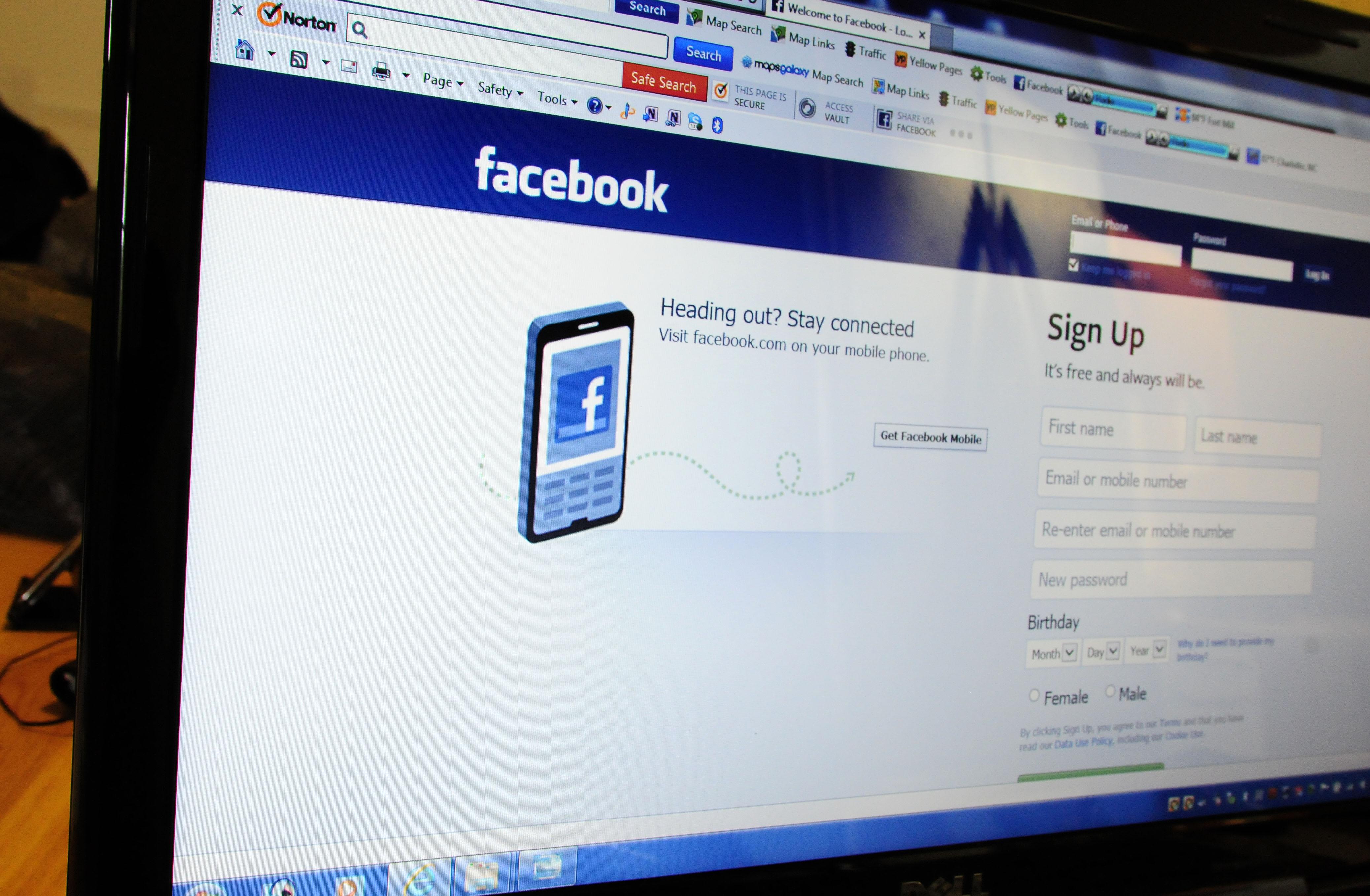 Facebook a un groupe soutenu par le cofondateur de LinkedIn dans le collimateur