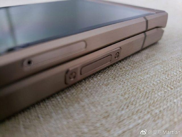 Samsung W2019 : image 4