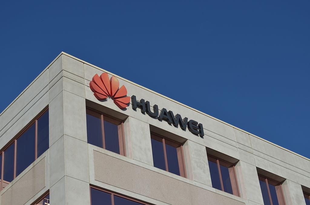 Le fondateur de Huawei défie les États-Unis