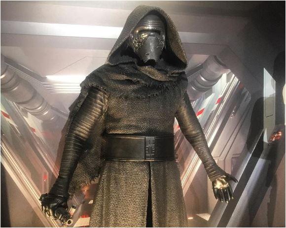 Star Wars Episode IX : J.J. Abrams ne s'inquiète pas de l'accueil réservé aux Derniers Jedi