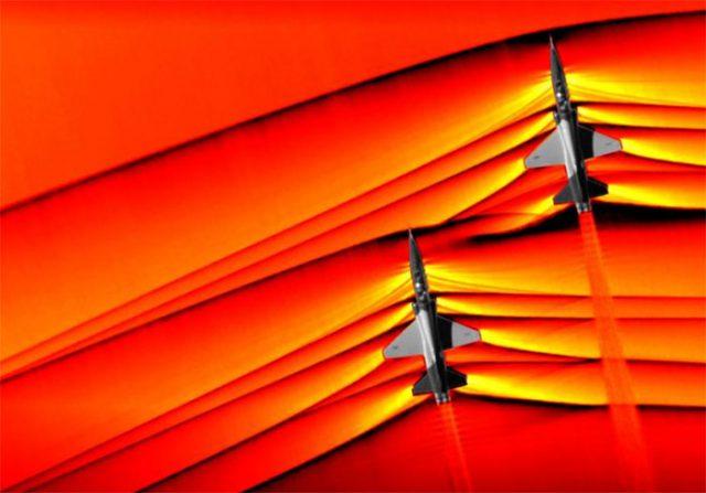 Images inédites d'avions passant le mur du son