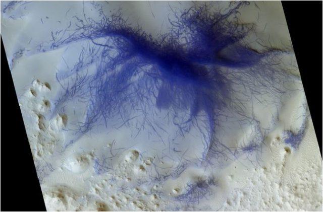 Les araignées bleues de Mars immortalisées par l'ESA