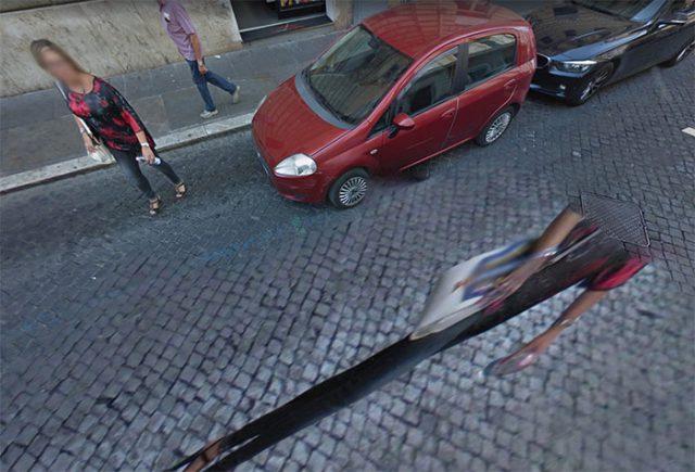 """La femme """"écrasée"""", à Rome"""