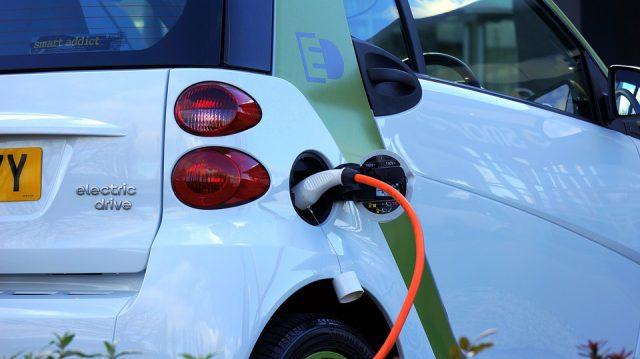 En France, les ventes de véhicules électriques ont bondi de 44 % au premier trimestre