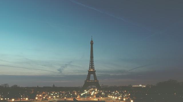 Google Street View vous emmène en haut de la tour Eiffel