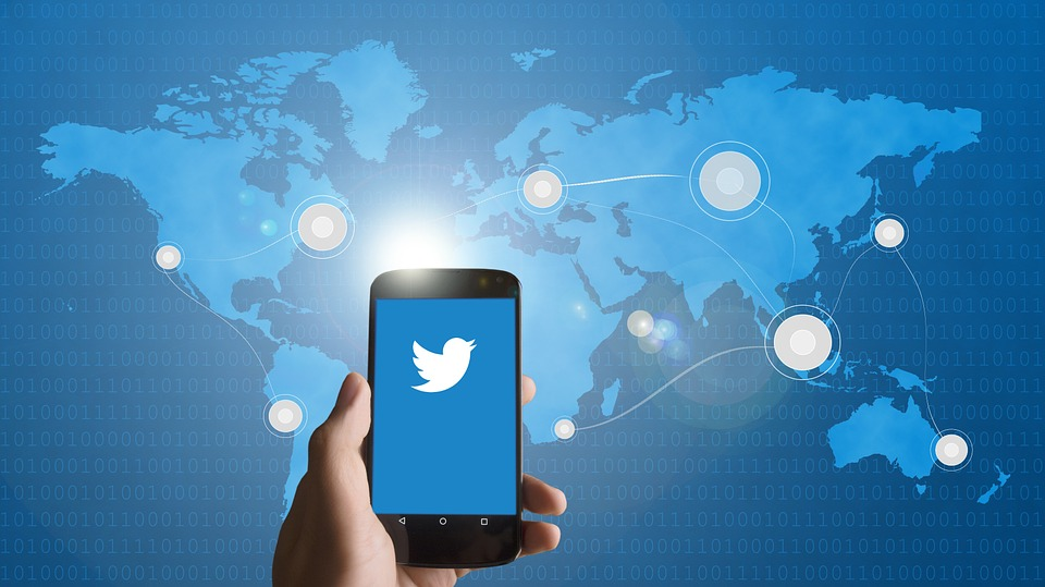 Twitter : La fonction « masquer la réponse » sera bientôt testée au Canada