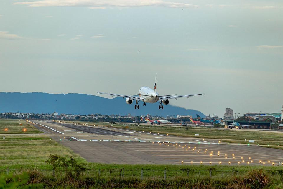 Le désastre des Boeing 737 Max cloués au sol oblige certaines compagnies à utiliser des modèles 737-200 vieux de 30 ans