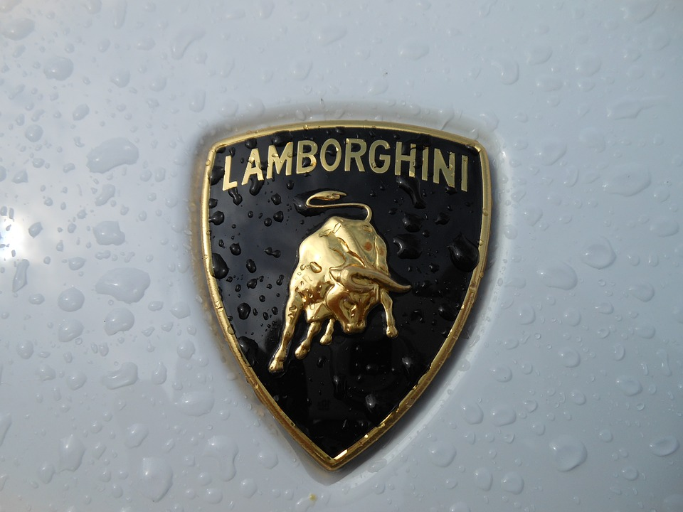Lamborghini va faire tester des fibres de carbone sur la Station Spatiale Internationale
