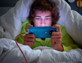 OnePlus 7T Lifestyle