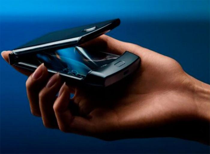 Motorola vient d'officialiser son Razr pliable