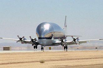 Le Super Guppy de la NASA