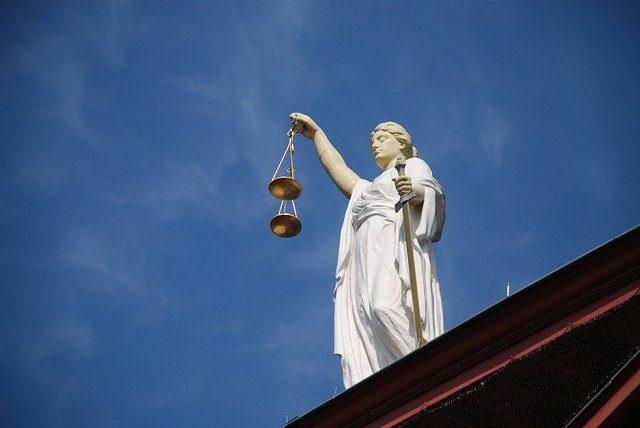 La statue de la justice