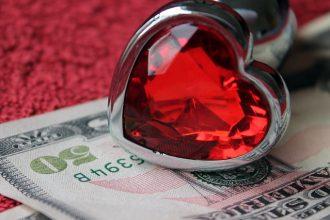 De l'argent contre de l'amour