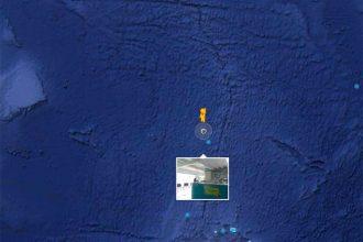 Il y a un cabinet vétérinaire au milieu de l'océan Atlantique sur Google Maps
