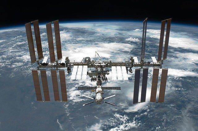 Des astronautes ont changé les batteries de l'ISS