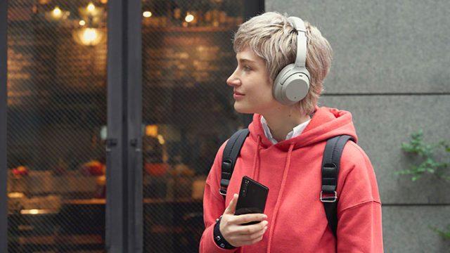 Le Xperia 1 II vous permettra de brancher un casque audio sans fil... ou filaire.