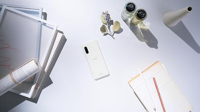 Sony dévoile le Xperia 10 II, un smartphone milieu de gamme résistant à l'eau