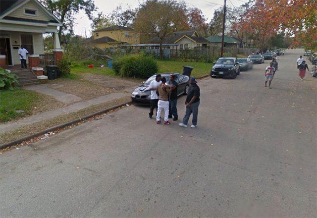 Une Google Car a immortalité une bagarre de rue dans la ville de Houston