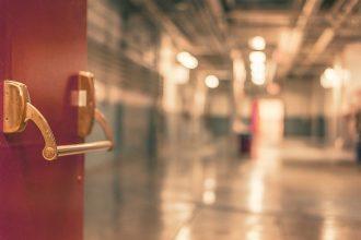 L'entrée d'un hôpital