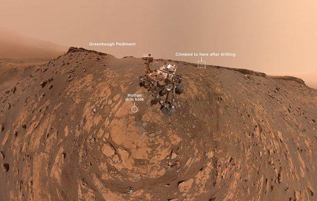 Curiosity a pris un nouveau selfie.