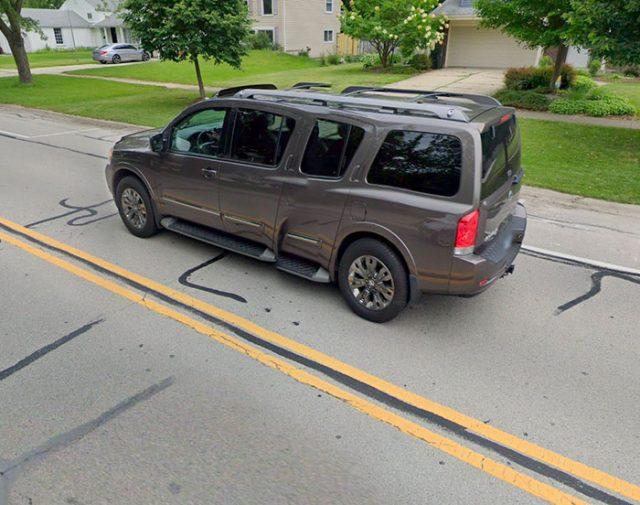 Il y a de drôles de SUV dans Google Maps