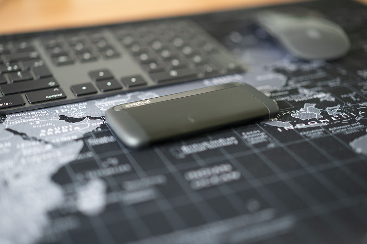 Le Crucial X8, un petit SSD très looké