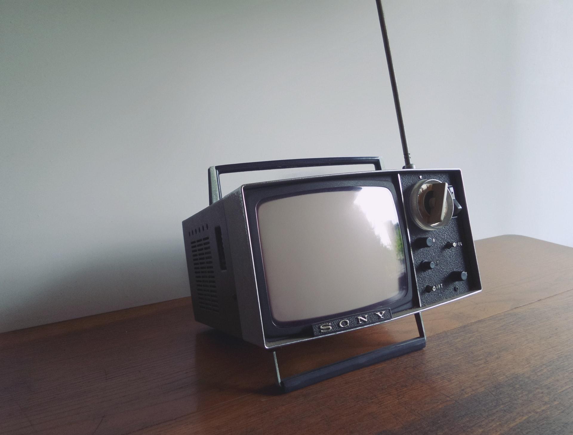Un téléviseur de l'ancien temps