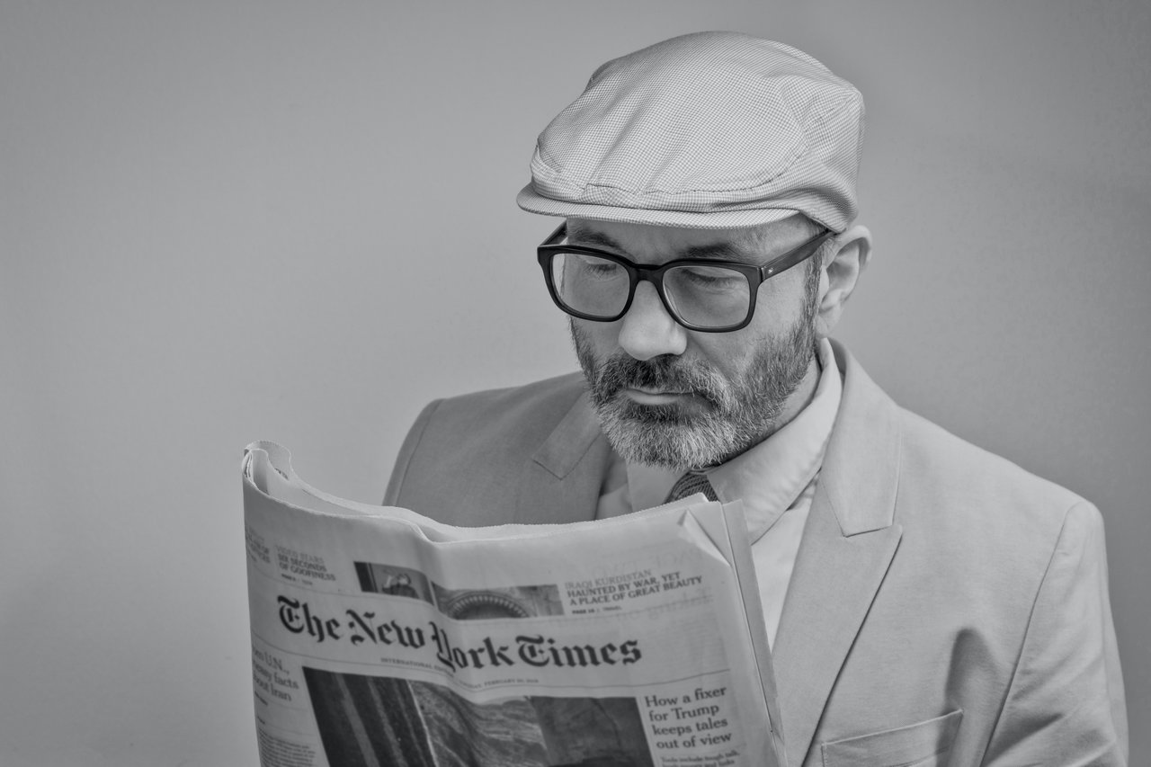 homme-lit-new-york-times-journal